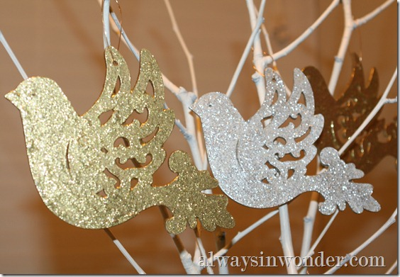 painted_glitter_ornaments (17)