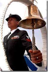 398px-Ship_bell_missile_cruiser_USS_Chancellorsville