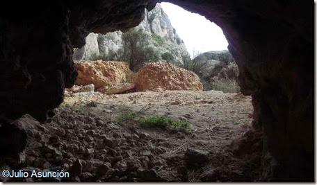 El Fontanal - interior del abrigo 2