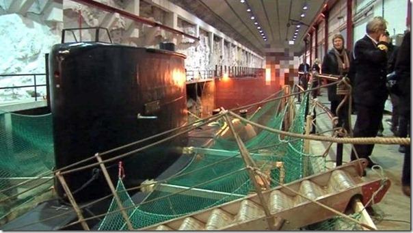 Quer comprar uma base submarina secreta (2)