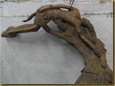 Patung hanoman sinta - belakang