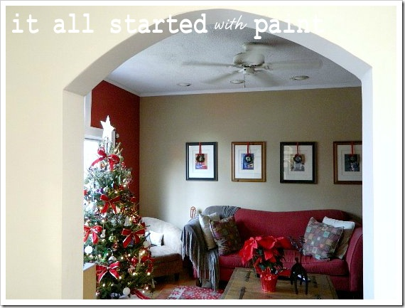 xmas home living room (550x413)