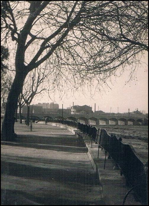 pretil del río. Años 50
