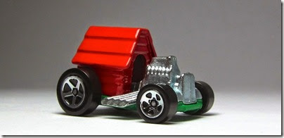 Snoopy Red Baron Hot Wheels 2014 by HW City 06 (Image hobbyminis.blogpost.com)