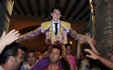 Arturo_Saldivar_en_la_Feria_de_Julio_en_Valencia_2011_4