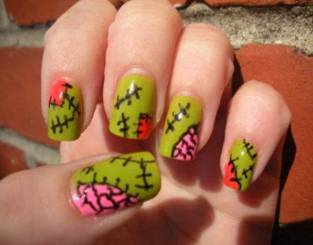 Halloween-nail-art-..