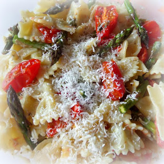 *Pasta Salad with Roasted Tomatoes and Asparagus*