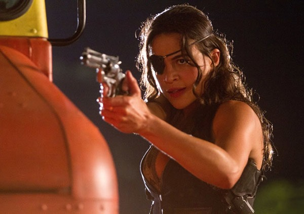 Mel Gibson Proves He Has a Heart in New Machete Kills Photos 11