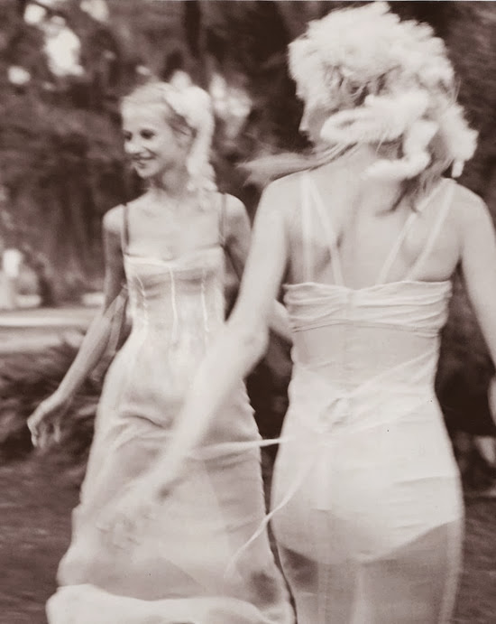 vogue-italia-may-1997-Esther-Amy-e-Violet-perry-ogden