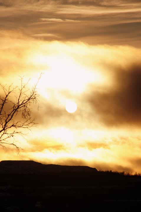 dramatisk soluppgång
