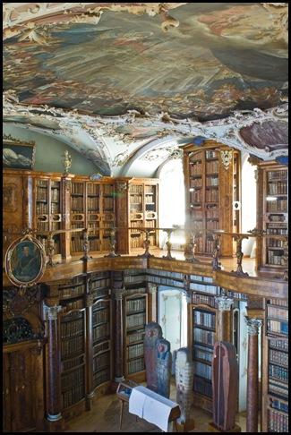Bibliothèque de l'Abbaye Saint-Gall , Suisse (2)