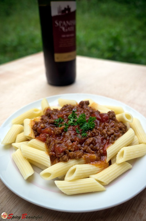 Penne-Pasta-in-Drunken-Meaty-Red-Sauce