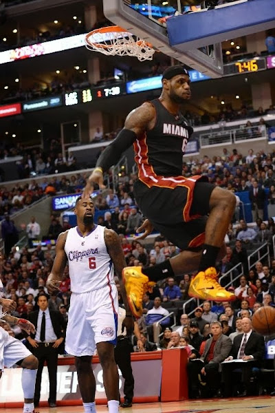 lebron james nba 140205 mia at lac 06 King James Wears LeBron 11 Fairfax Away PE in Los Angeles