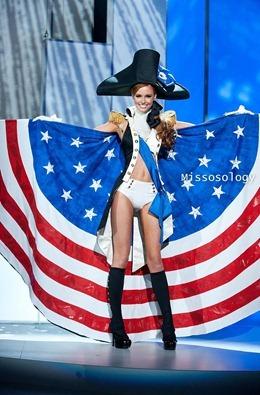 miss-uni-2011-costumes-61