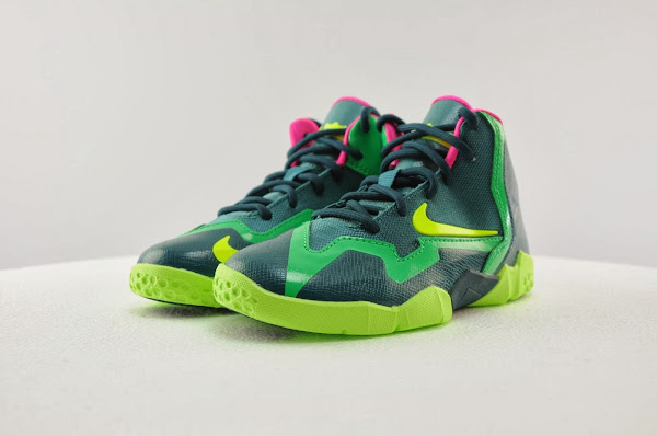 Kids8217 Nike LeBron XI 8211 GS PS amp Toddler 8211 Available Now