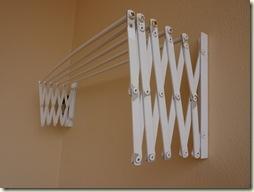A 2  A clothesline