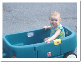 Bella 8.2911 in her wagon