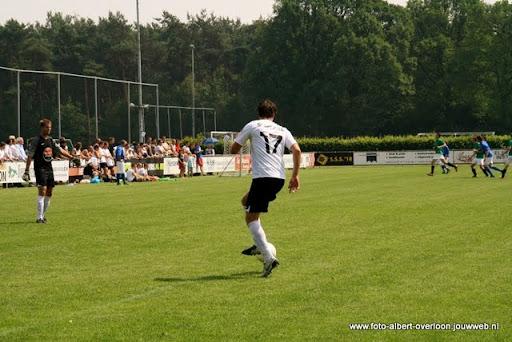 sss 18 familie en sponsorentoernooi 05-06-2011 (12).JPG
