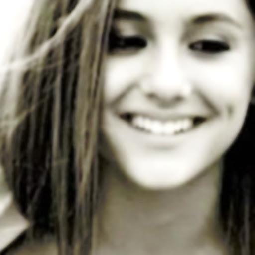 ariana grande pretty