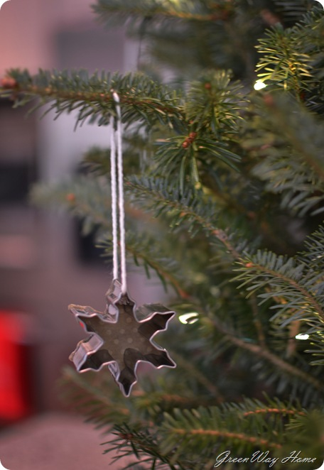 cookie cutter ornaments 095v