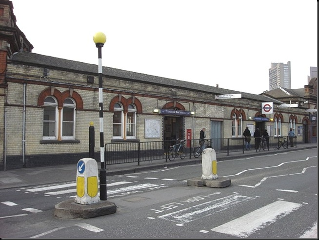 Westbourne_Park_tube_station
