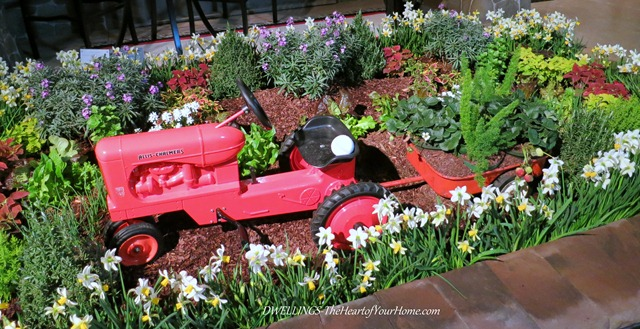 Southern Spring Show red tractor