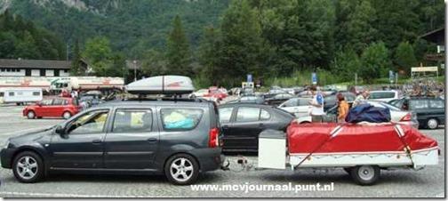 Dacia gespot op vakantie 04