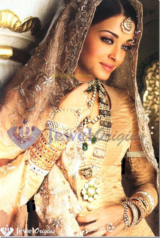 Aishwarya_Pearl_Jewellery_Set