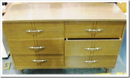 goodwill_outlet_furniture_dresser