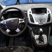 2013-Ford-Tourneo-Connect-6.jpg