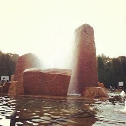 息子撮影の噴水