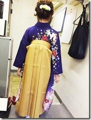卒業式に袴で (4)