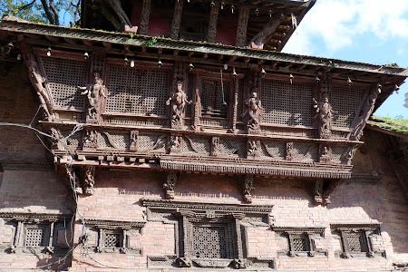 Obiective turistice Nepal: Arta prelucrarii lemnului