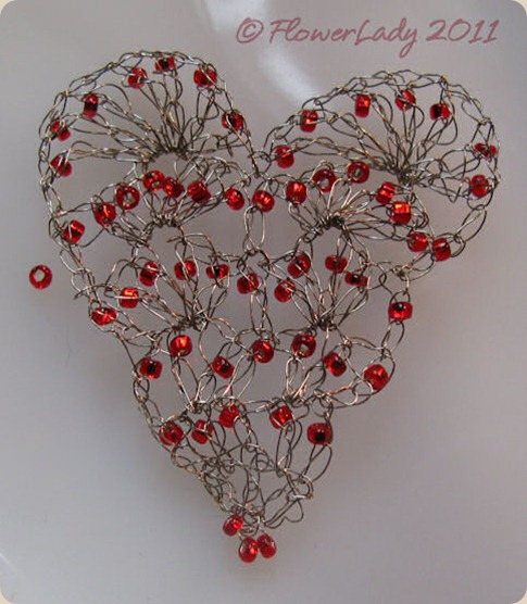 11-13-wire-bead-heart