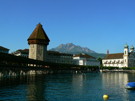 Lucerne photos: Kappelbrucke and mount Pilatus