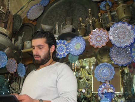 3. Bazar in Esfahan.jpg