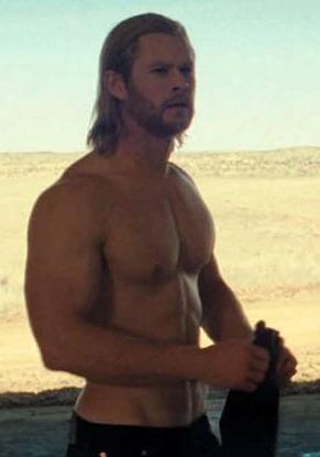 chris_hemsworth_shirtless