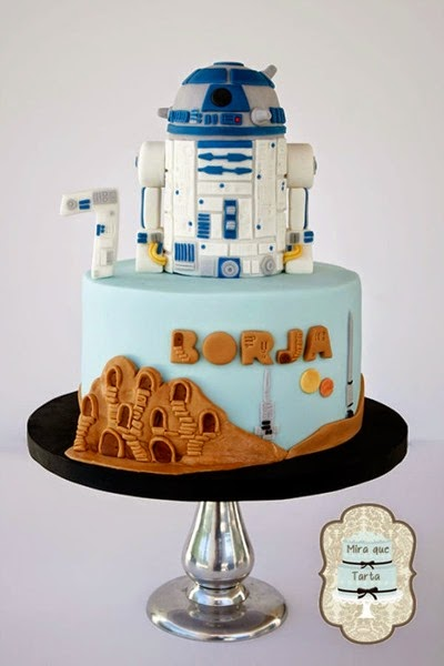 Star Wars R2D2 Tatooine Cake via Between the Pages