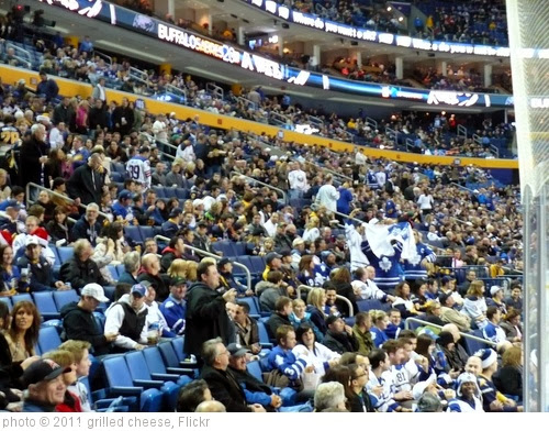 'The crowd: Tons of Leafs fans!' photo (c) 2011, grilled cheese - license: http://creativecommons.org/licenses/by-nd/2.0/