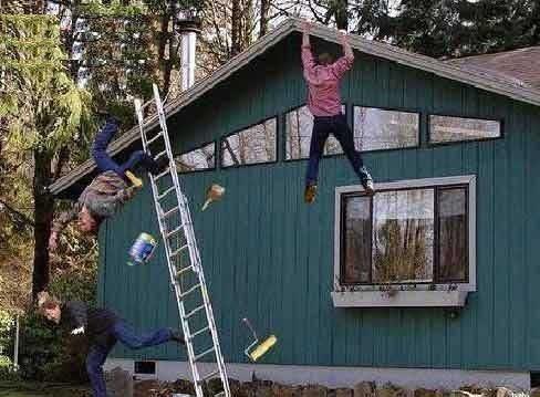 Invenção Perigosa - Trabalhando com escada - Profissão perigo - muito arriscado 06