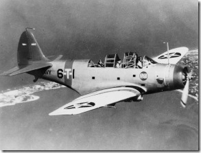 Douglas_TBD-1_VT-6_in_flight_c1938