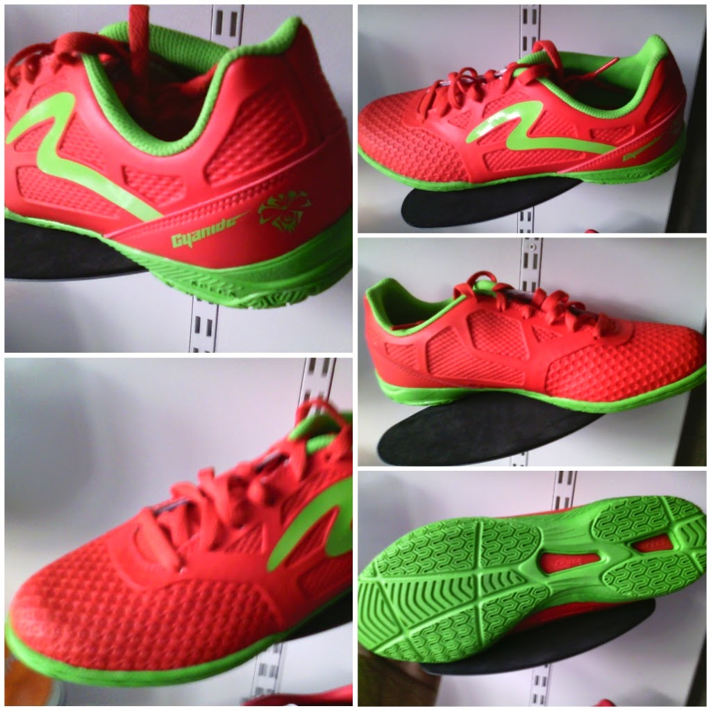 Sepatu Futsal Specs Cyanide Hitam Sepatu Futsal Specs Cyanide in