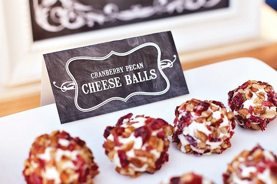 cranberry-pecan-cheese-balls