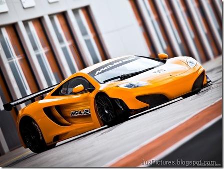 McLaren MP4-12C GT33