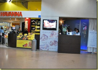 006 Sweets and massage side by side at Sao Paulo Airport 26.11.2012 21-14-28