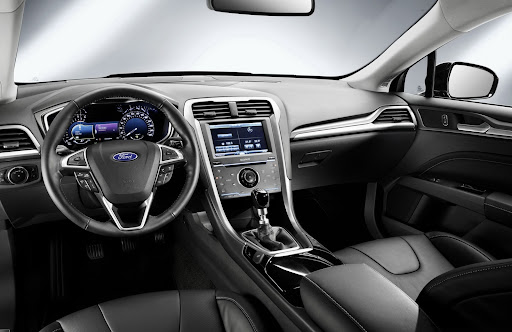 2013-Ford-Mondeo-12.jpg