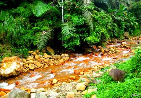hike to pulangbato falls