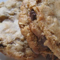 Vegan Chocolate Chip Oatmeal Nut Cookies