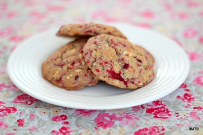 Raspberry and White Choc Cookies by Baking Makes Things Better
