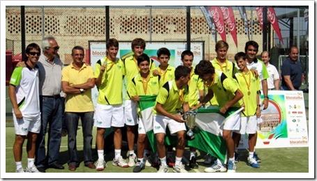 Dominio andaluz y madrileño en el Campeonato de España por Selecciones Autonómicas de Menores de Pádel 2011 celebrado en Badajoz SELECCION DE BADAJOZ